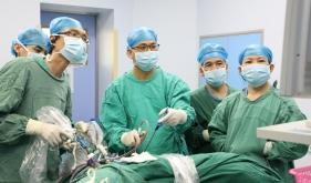 市人民医院多学科强强联合成功完成局部晚期癌症手术